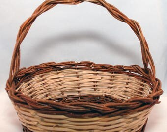 """Traditional Sicilian Willow """"Vimini"""" Basket for fruit or gift"""