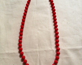"11.5"" Red Rose Bead Necklace - Vintage Plastic 70's 80's Retro Roses Flowers Rouge"