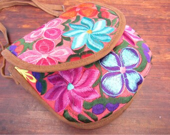 mexican handbag / flower embroidery /pink