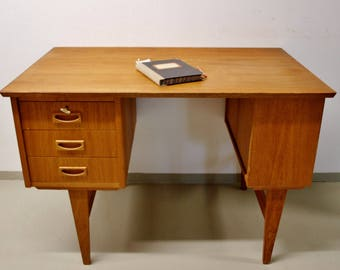 small desk 60s vintage