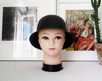 Mannequin Hat/wig head. France 1980