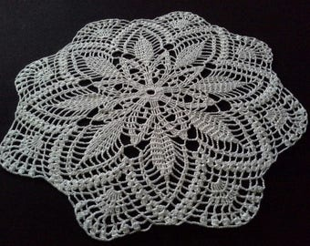Crochet doily - Round doilies - Medium doily - White doily - Home decor - Crochet doilies