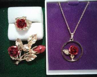 Gold and Red Rose Jewellery Set