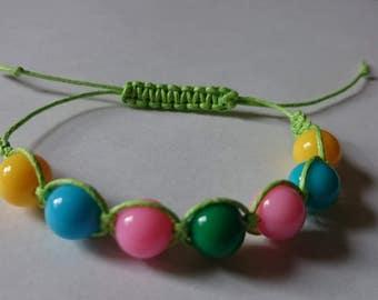 handmade macrame bracetel in shamballa style