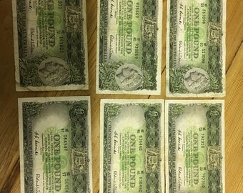 Old Australian 1954 One Pound Notes (Commonwealth of Australia)