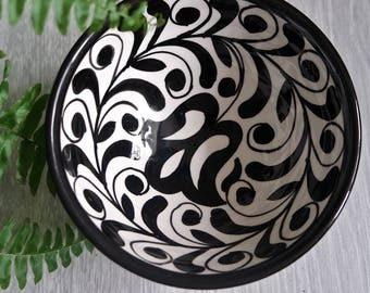Black and White Patterned Bowl - Tulip