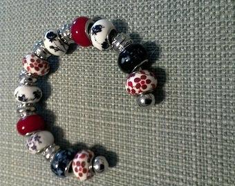 Ceramic and silver beaded bracelet