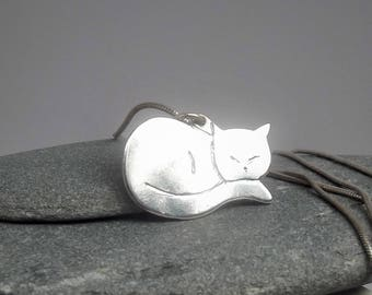 Silver Cat Pendant, Sterling Silver Hand Engraved Cat Necklace, Gift for Cat Lovers, Sleeping Cat Pendant, Feline Pendant, All things Feline