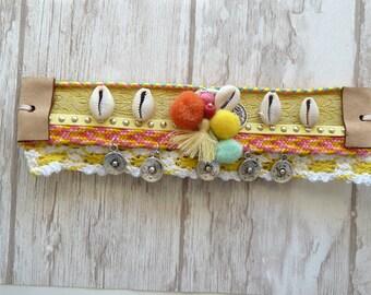 Sea Shell Bracelet. Bohemian jewelry. Beach bracelet. Yellow bracelet. Tassel bracelet. Coachella bracelet. crochet bracelet