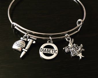 Dibetee awareness bracelet White Rabbit (Alice In Wonderland)