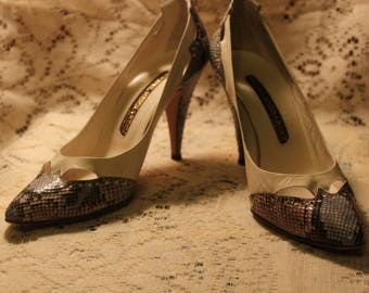 VINTAGE 80's MIGUEL HERNANDEZ Snake skin Ladies High Heels Beautiful!  siZe 8 M Perfect for any dressy occasion!