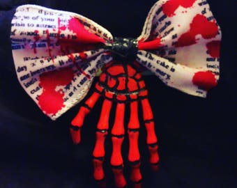 Bloody hands bow