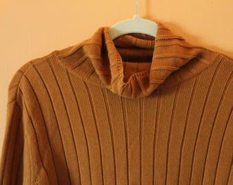 Retro Vera Wang Mustard Turtleneck Sweater