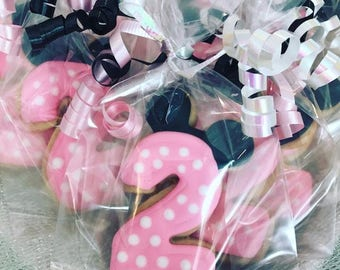 Minnie Mouse cookies Choose your number set of 12 Minnie Mouse birthday Minnie Mouse Party minnie mouse decoration minnie mouse supplies