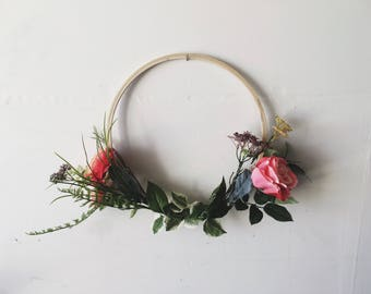 Simple + modern wreath