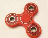 Fidget Spinner w/ Caps...
