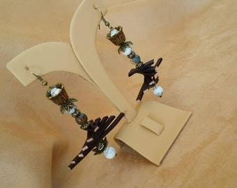 Earrings with agate and Cacholong