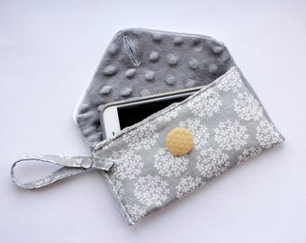 Penelope Grey + White Clutch | Envelope Phone Purse for your essentials in the go! Gray clutch