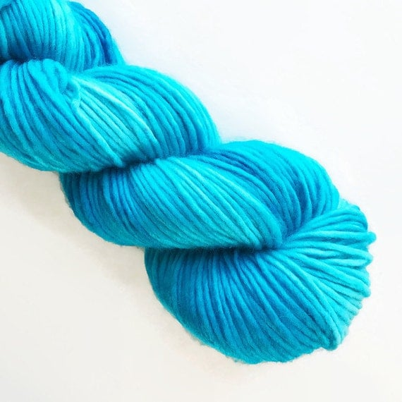 reef / hand dyed yarn / mini skein / sock fingering yarn / merino wool superwash / embroidery / 4 ply / sparkle / light turquoise blue yarn