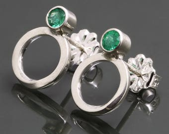 Emerald Möbius Earrings. Sterling Silver. Stud Earrings. Genuine Gemstone. May Birthstone. Infinity. Eternity. s15e072