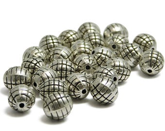 Silver Beads - Round Beads - Silver Spacer Beads - 8mm - Antique Silver - Metal Beads - Pewter Beads - 25pcs (4155)
