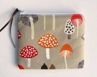 Zipper Coin Purse with Woodland Mushrooms, choose your size, Pencil case, Cosmetic case, Coin purse, Makeup bag