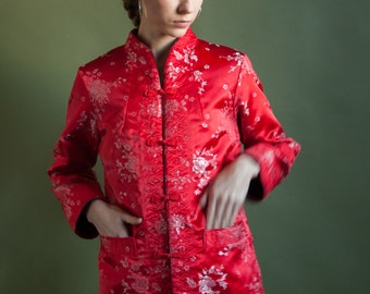 red asian reversible embroidered floral jacket / asian silk satin jacket / 70s floral cheongsam style jacket / s / 2100o / B20