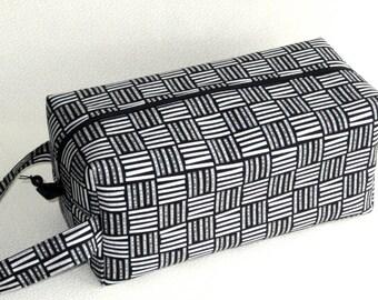 Bigger Boxy Bag Knitting Project Bag - Library
