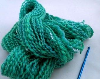 HAWAIAN SPARKLE, handspun wool/tencel/nylon sparkle/mylar Chunky yarn, 102 yds/93 m, 1.7 oz/50 g