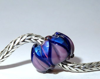 Luccicare Lampwork Bead - Midnight Lotus -  Lined with Sterling Silver