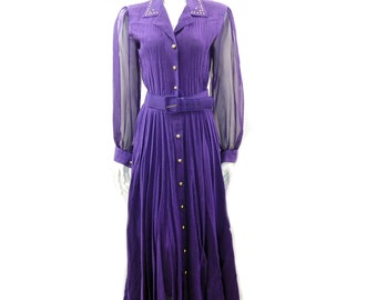 Beautiful 1980's Lilia Smitty Vintage Country Western Dress With Belt, Golden Buttons and Studs// Size 5-6 // 139