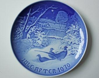 Pheasants in the Snow - Royal Copenhagen blue and white Commemorative Christmas plate - 1970 Denmark Christmas