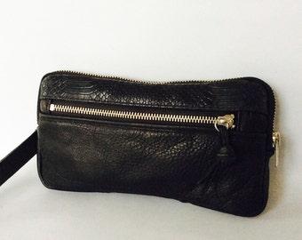 Leather wristlet wallet in black cow hide // silver tone hardware