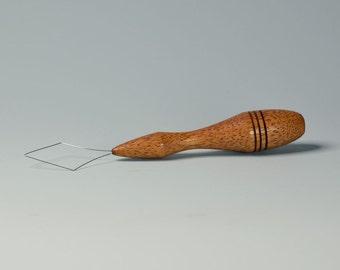 Diz Threader -  African Mahogany