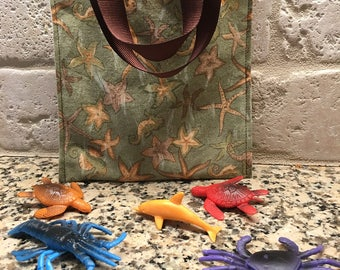 Keep Me Busy Bag for preschoolers and up, children, toys, ocean animals, travel, travel games, boys, girls, traveling with children