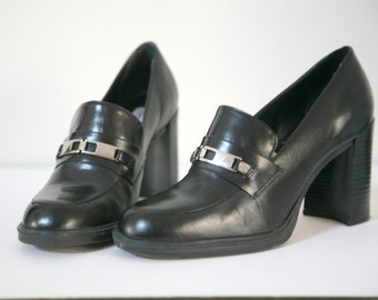 Ladies Silver Buckle High Heel Black Leather Shoes, Size 6, Black Shoes, Dressy Black Shoes, Work Attire, Buckle Treatment Shoes, Black Pump