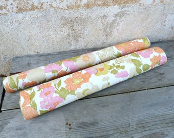 Vintage  1960/60s French wallpaper roll  flowers