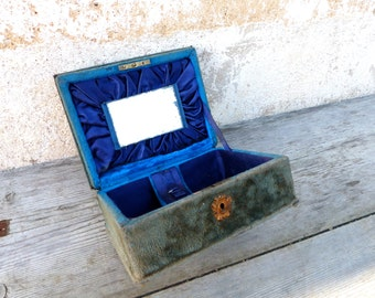 Vintage Antique 1890/1900 Victorian  French faded blue velvet case box / sewing box