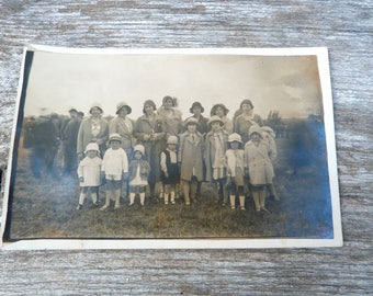 Antique 1920/20s   French real photography  postcard women and children