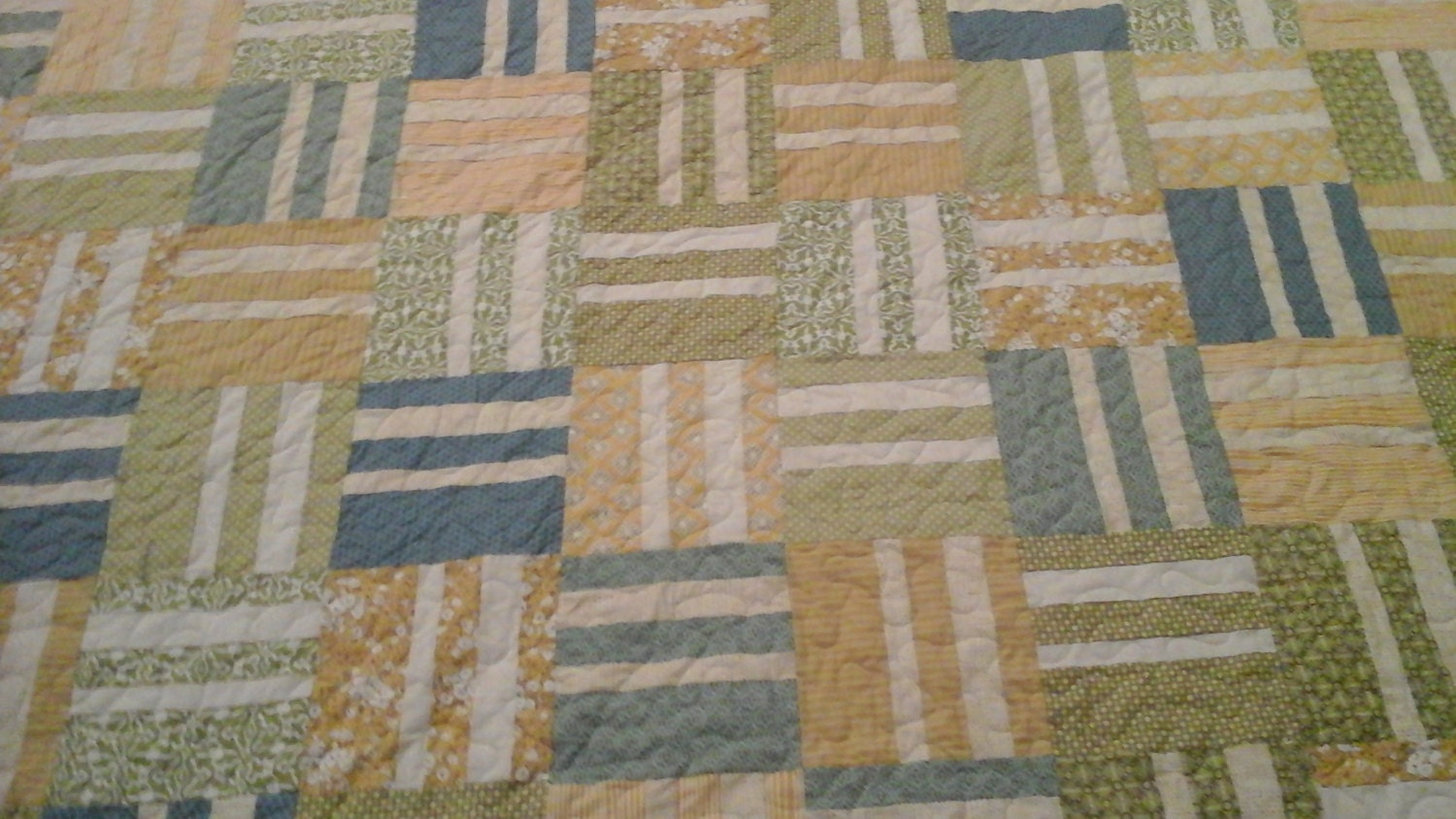 King Size Turquoise Blue Yellow And Cream Quilt
