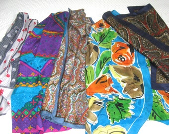 scarf lot . 5 scarves. lot of 5 . silk scarf lot . mixed scarf lot . Oscar de la Renta