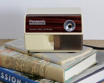 Panasonic Electric Pencil Sharpener Model NO. KP-110 Auto Stop