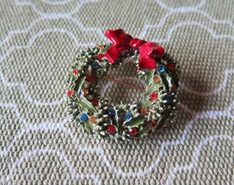 Vintage Holiday Christmas Wreath Enameled Rhinestone Pin Brooch by ART