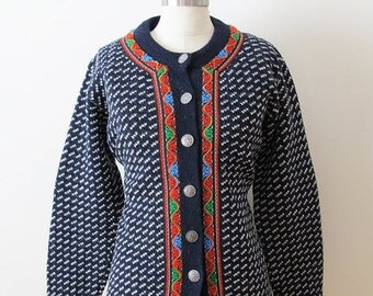 20% Off Sale 80s L.L. Bean Norweigan Navy Wool Cardigan Sweater with Snowflake Buttons, Size L