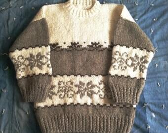 sale -- Vintage Hand Knit Wool Sweater