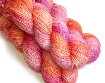 Sock Yarn Handdyed Merino Cashmere Nylon Yarn - Flamingo, 430 yards