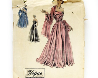 1940s Vintage VOGUE COUTURIER No. 391 - Vogue Couturier Evening Gown and Scarf / Strapless Bare Shoulder Gown