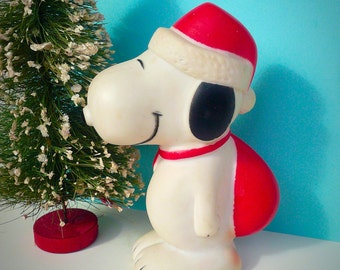 Vintage Squeaky Snoopy Christmas Collectible Toy Santa Snoopy