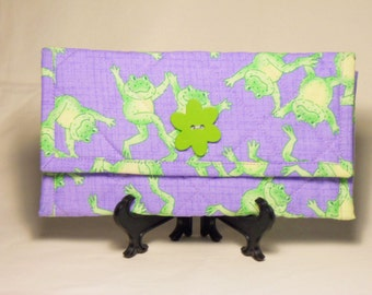 Dancing Frogs Wallet / Quilted Wallet / Fabric Wallet / Womens Wallet / Trifold Wallet / Womens Clutch