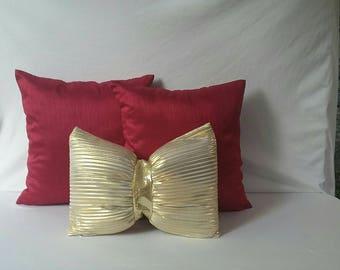 Bow pillow, throw pillow, decorative gold bow pillow,  wedding decor, gold sparkly pillow, 12x 18  lumbar pillow,